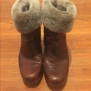 Australia UGG Lynnea Boot with Fur lined ankle
